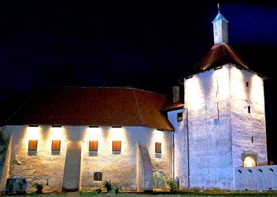 Utvrda Stari grad noću